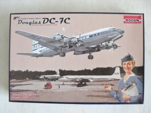 RODEN 1/144 301 DOUGLAS DC-7C PAN AM