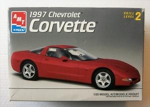 AMT/ERTL 1/25 8327 1997 CHEVROLET CORVETTE