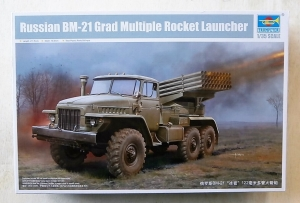TRUMPETER 1/35 01028 RUSSIAN BM-21 GRAD MULTIPLE ROCKET LAUNCHER