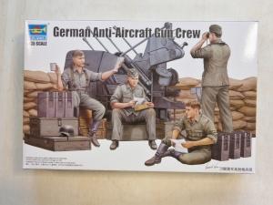 TRUMPETER 1/35 00432 GERMAN ANTI AIRCRAFT GUN CREW