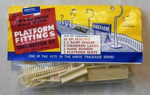 AIRFIX HO/OO 4012 PLATFORM FITTINGS TYPE I BAG