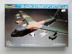 REVELL 1/144 4728 BOEING B-52H STRATOFORTRESS