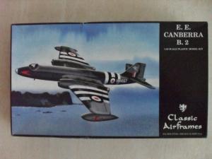 CLASSIC AIRFRAMES 1/48 4126 E.E. CANBERRA B.2
