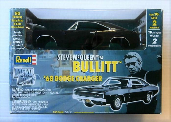 REVELL 1/25 1514 STEVE MCQUEEN BULLITT 68 DODGE CHARGER METAL BODY