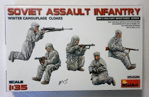 MINIART 1/35 35226 SOVIET ASSAULT INFANTRY WINTER COATS