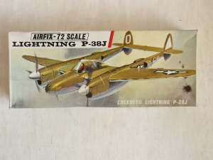 AIRFIX 1/72 284 LOCKHEED LIGHTNING P-38J
