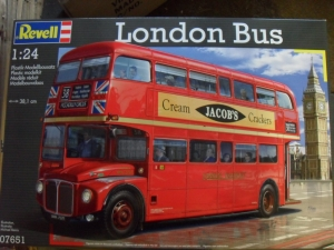 REVELL 1/24 07651 LONDON BUS  UK SALE ONLY
