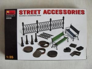 MINIART 1/35 35530 STREET ACCESSORIES