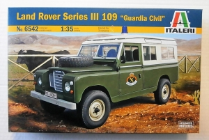 ITALERI 1/35 6542 LAND ROVER SERIES III 109 GUARDIA CIVIL