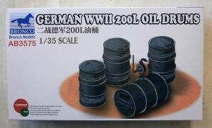 BRONCO 1/35 3575 GERMAN WWII 200L OIL DRUMS
