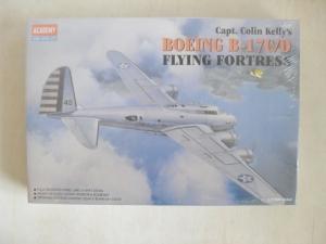 1/72 2150 BOEING B-17 C/D CAPTAIN KELLY