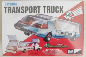 MPC 1/25 787 DAYTONA TRANSPORT TRUCK