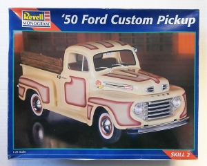 REVELL 1/25 2494 50 FORD CUSTOM PICKUP