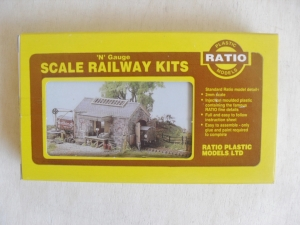 RATIO  220 GOODS SHED - N GAUGE