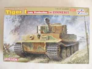 DRAGON 1/35 6383 TIGER I LATE PRODUCTION WITH ZIMMERIT