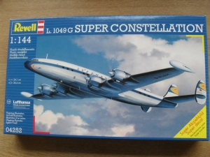 REVELL 1/144 04252 L.1049G SUPER CONSTELLATION LUFTHANSA