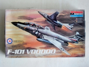 MONOGRAM 1/48 5811 F-101 VOODOO