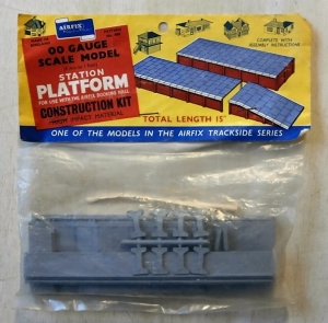 AIRFIX HO/OO 4007 STATION PLATFORM TYPE I BAG