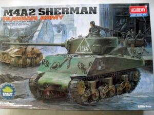 ACADEMY 1/35 13010 M4A2 SHERMAN RUSSIAN