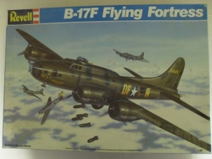 REVELL 1/48 4701 B-17F FLYING FORTRESS
