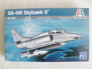 ITALERI 1/72 165 OA-4M SKYHAWK OUTLAWS