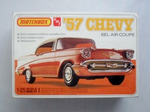 AMT/MATCHBOX 1/25 4112 57 CHEVY BEL AIR COUPE
