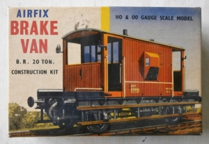 AIRFIX AIRFIX TYPE II BOXES R4 BRAKE VAN  TYPE II BOXING