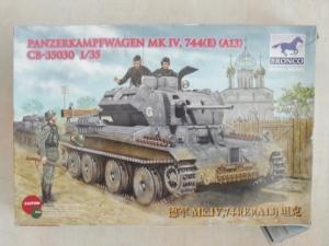 BRONCO 1/35 35030 PANZERKAMPFWAGEN Mk.IV 744  e   A13