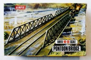 AIRFIX HO/OO 1708 PONTOON BRIDGE