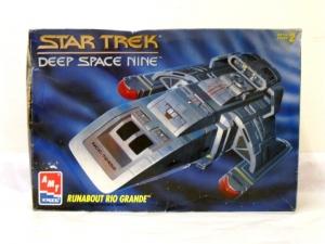 AMT/ERTL 1/72 8741 STAR TREK DEEP SPACE NINE RUNABOUT RIO GRANDE