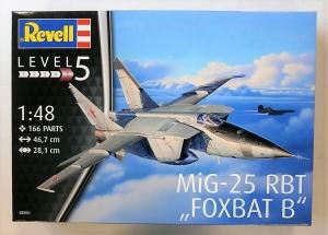 REVELL 1/48 03931 MIG-25 RBT FOXBAT B