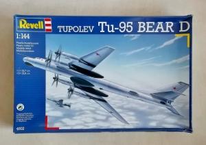 REVELL 1/144 4602 TUPOLEV Tu-95 BEAR D