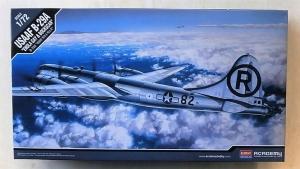ACADEMY 1/72 12528 USAAF B-29A ENOLA GAY   BOCKSCAR
