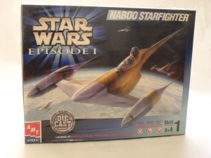 AMT OTHER SCALE 30130 NABOO STARFIGHTER DIECAST