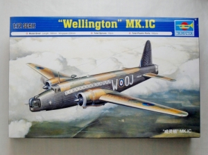 TRUMPETER 1/72 01626 WELLINGTON Mk.IC