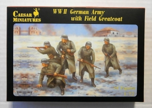 CAESAR MINATURES 1/72 069 WWII GERMAN ARMY WITH FIELD GREATCOAT