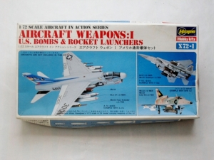 HASEGAWA 1/72 X72-1 AIRCRAFT WEAPONS US BOMBS   ROCKET LAUNCHERS