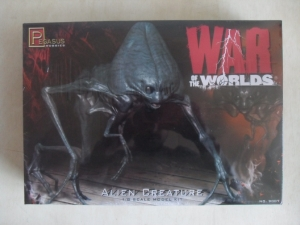 PEGASUS HOBBIES 1/8 9007 WAR OF THE WORLDS ALIEN