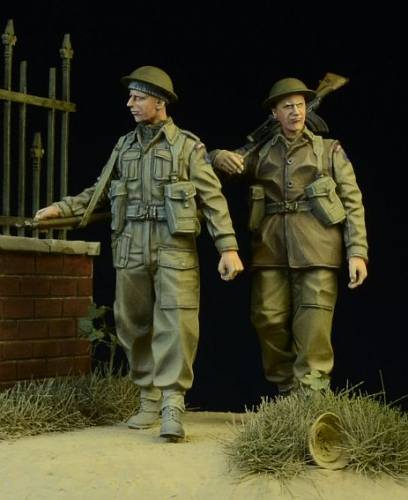 D-DAY 1/35 35015 BRITISH/ COMMONWEALTH INFANTRY WALKING 1942-45