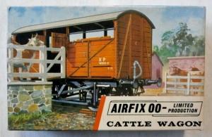 AIRFIX OO R5 CATTLE WAGON