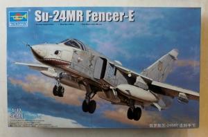 TRUMPETER 1/72 01672 Su-24MR FENCER E