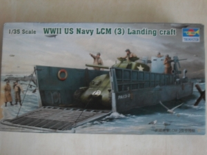 TRUMPETER 1/35 00347 WWII US NAVY LCM 3  LANDING CRAFT