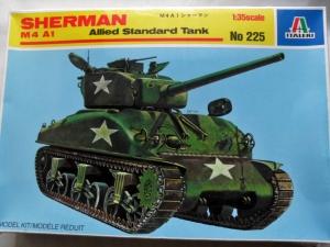 ITALERI 1/35 225 M4A1 SHERMAN