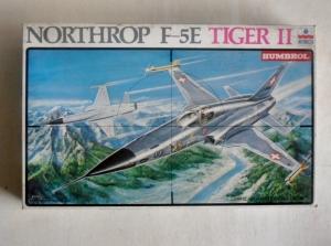 ESCI 1/48 4048 NORTHROP F-5E TIGER II