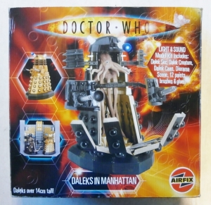 AIRFIX  50007 DOCTOR WHO DALEKS IN MANHATTAN