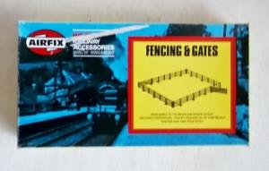 AIRFIX AIRFIX HO/OO TRACKSIDE  03613 FENCING   GATES