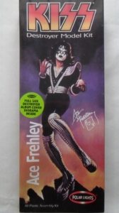 POLAR LIGHTS OTHER SCALE 5053 KISS ACE FREHLEY