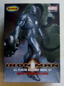 MOEBIUS  910 IRON MAN LTD EDITION MARK II ARMOUR MARVEL