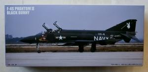 FUJIMI 1/72 F-49 F-4S PHANTOM II BLACK BUNNY