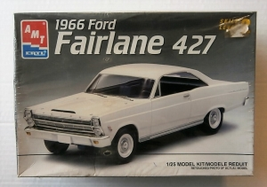 AMT/ERTL 1/25 6180 1966 FORD FAIRLINE 427